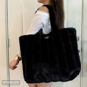 •Victoria's Secret• Black Large Furry Tote